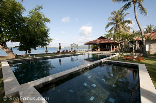 Scuba diving resort report review of odyssea divers cocotinos resort lombok diving indonesia - Lombok dive resort ...